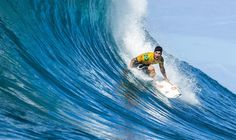6db48dab7c8649 World Surf League  Gabriel Medina Wins The 2018 World Title and The Billabong  Pipe Masters