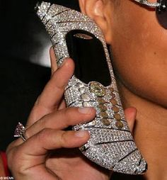 This was the world's most expensive mobile phone The shimmering handset is encrusted with diamonds and is worth a staggering one million dollars. The pricey phone was on display at the Salon Top Marques exhibition in Monte Carlo, Monaco. Bling Bling, One Million Dollars, Most Expensive, Expensive Shoes, Luxe Life, Diamond Are A Girls Best Friend, Luxury Lifestyle, Fancy, Jewels