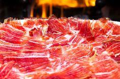 Le jambon du porc ibérique contient des composants bénéfiques et salutaires pour l´organisme , vitamines et minéraux .
