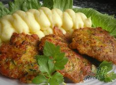Zucchini Puffer, Curry, Hungarian Recipes, Meatloaf, Tandoori Chicken, Food Videos, Food To Make, Smoothies, Chicken Recipes
