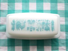 Pyrex Amish Butterprint butter dish by knotsNebraska on Etsy