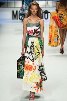 Moschino Fall 2015 Ready-to-Wear - Collection - Gallery - Style.com