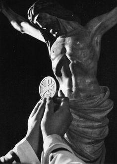 12 Traditional Catholic Lenten Practices