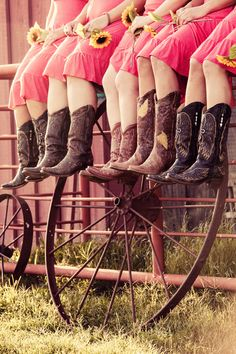 Cowgirl boots are perfect for your country wedding! They look great with short bridesmaid dresses. Discount Bridesmaid Dresses, Coral Bridesmaid Dresses, Bridesmaids, Bridesmaid Pictures, Pink Dresses, Short Dresses, Party Dresses, Wedding Pics, Fall Wedding