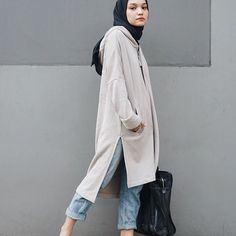 47 Ideas Sport Wear Hijab Within the last few 30 years, the evolution of Casual Hijab Outfit, Hijab Chic, Ootd Hijab, Casual Wear, Street Hijab Fashion, Muslim Fashion, Hijabs, Sport Fashion, Trendy Fashion