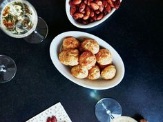 CHEESE GOUGÈRES Image