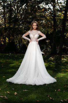 Princess look. #MarySten #BrideToBe #bridelove #bridedress #inspiration #elegance #princesslook #newcollection #2020collection
