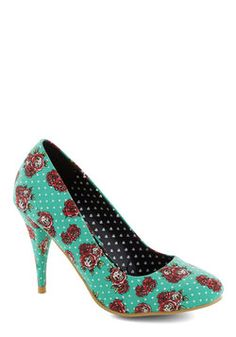 A Rose by Any Other Dame Heel, #ModCloth Strangely enough, I would wear these with so many things! (: