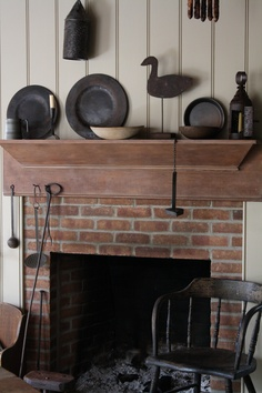 Amazingly Austere American Farmhouse By Phoebe Troyer Ideas No 05 (Amazingly Austere American Farmhouse By Phoebe Troyer Ideas No design ideas and photos - helena Primitive Fireplace, Primitive Homes, Fireplace Mantle, Country Primitive, Primitive Decor, Primitive Mantels, American Farmhouse, American Country, Home Trends