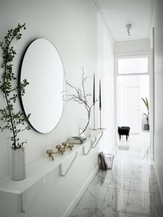 Easy Home Decor Hallway Decorating 344947652712894307 - Source by floflowowo.Easy Home Decor Hallway Decorating 344947652712894307 - Source by floflowowo Easy Home Decor, House Design, Interior, Entryway Decor, Cheap Home Decor, Home Decor, House Interior, Apartment Decor, Narrow Hallway Decorating
