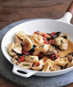 Tortellini With Eggplant and Peppers. Using only one large skillet, this vegetarian one-pot meal makes cleanup a snap. That, combined with its nutritious ingredients (eggplant and peppers), translates to a winning dish for the whole family.