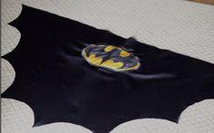 do it yourself divas: DIY: Batman Cape