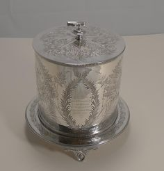 Antique English Fern Engraved Biscuit Box In Silver Plate Dated 1887