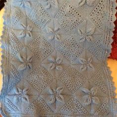 EDITOR'S CHOICE (11/26/2014) Blanket by Tracey View details here: http://knit.community/creations/615-blanket