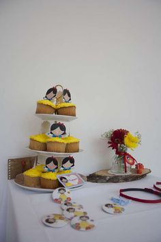 Snow White Birthday Party Ideas | Photo 19 of 24 | Catch My Party