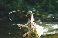 fly fishing is experiencing a golden age of female participants. Here are a few of the many female anglers making waves around the country. #WomenWhoFlyFish #FlyFishing