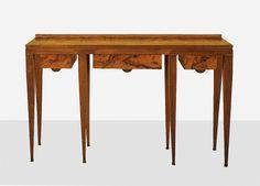 covet this>Gio Ponti / Rare console from Casa Grangi, Rome Walnut Burl, Walnut Veneer, Coffee Table Desk, Console Table, Table Furniture, Furniture Design, Piero Fornasetti, Gio Ponti, Rome