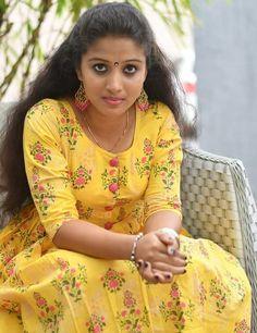 🌷💗 Beautiful World💗🌷 ( Beautiful Indian Brides, Most Beautiful Indian Actress, Beautiful Girl Image, Beautiful Heroine, Beautiful Women, Beauty Full Girl, Cute Beauty, Beauty Women, Indian Natural Beauty