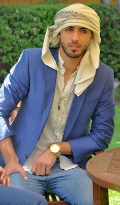 """The man expelled from Saudi Arabia for being """"too handsome"""" Omar Borkan Al-Gala-- He can come to USA anytime! Beautiful Men Faces, Gorgeous Men, Beautiful People, Popular Beard Styles, Arab Men Fashion, Men's Fashion, Middle Eastern Men, Style Oriental, Handsome Arab Men"""