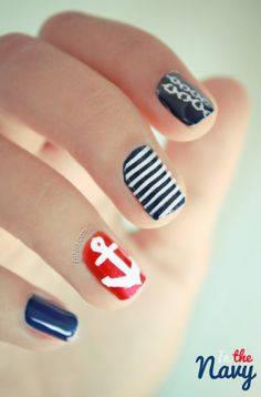 I'm gonna get my nails done like this one day! :) Scott <3  Nail art: in the navy