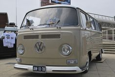 Dropped Baywindow by epaves68 on Flickr.
