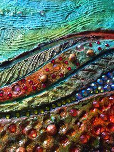 Diese abstrakte Wandskulptur trägt den Titel The Spring Hill. Dieses Stück hat dicke Schichten von Farbe in einer Vielzahl von Colorus, Strasssteine und Modellierung einfügen. Jedes einzelnes Stück der Texturen ist von hand geformt. Ich habe immer das Gefühl, dass die erstaunlichsten Formen, Struktur, Farbe und Texturen in Natur liegen und die Gefährdung durch diese Elemente gewesen, mein Lehrer und Inspiration. Skizzieren, ist die Gründung des Gedankens; Es bringt einer Idee zu einer Seite…