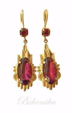 Vintage Art Deco Gold tone Dangle Earrings Amethyst Purple Czech Glass Drop #DropDangle