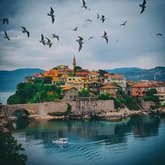 We're in Bartin next week. The most beautiful hotel and mansion … – Winter Holiday Ideas Places Around The World, Around The Worlds, Wonderful Places, Beautiful Places, Ancient City, Paradise On Earth, Turkey Travel, Famous Places, Beautiful Hotels