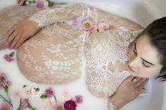 Stunning Maternity Photos | Milk Bath Photography