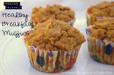 Pumpkin Breakfast Muffins--- I just made these this morning. chips to it and they are super yummy. Pumpkin Breakfast, Healthy Breakfast Muffins, Breakfast On The Go, Health Breakfast, Breakfast Ideas, Halloween Breakfast, Breakfast Club, Brunch Ideas, Good Food