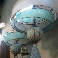 Shop for-and learn about-Mid-Century Modern Lamps. Vintage Mid-Century Modern lamps are characterized by simple lines and a fun space-age feel. Retro Decor, Mid Century Modern Furniture, Modern, Mid Century Lamp, Modern Lamp, Retro Lamp, Mid Century Modern Lamps, Mid Century Decor, Vintage Lamps