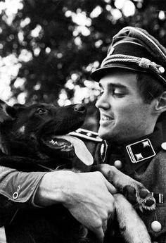 Gerardus Leonardus Mooyman September 1923 – 21 June was a Dutch volunteer in the Waffen-SS. Military Working Dogs, Military Dogs, German Soldiers Ww2, German Army, German Dogs, War Dogs, World War Ii, World History, Germany Ww2