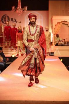 Kora's Riyasat - The Royal Indian Wedding Collection is vogue, extravagant yet eternal and royal! | PINKVILLA