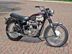 Tom Blocker's 1967 Triumph T120 Bonneville. (Story and photos by Neale Bayly. Motorcycle Classics, March/April 2011)