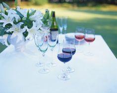 Genialen trik, s katerim bo vino v kozarcu dolgo ostalo hladno