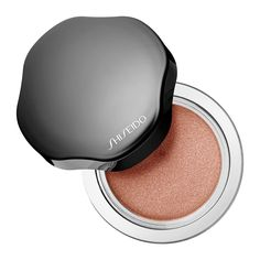 What it is: A lightweight cream eye shadow with a radiant, lustrous finish that maintains a just-applied fresh look for 16 hours without smudging or creasing.What it does: This gorgeous eye color, available in an array of lustrous shades, maintains a