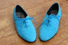 Blue suede oxford shoes!