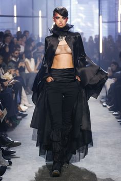 The complete Alexandre Vauthier Spring 2018 Couture fashion show now on Vogue Runway.