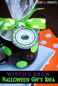 Witch's Brew Halloween Gift / treat Idea with Free Printable Gift Tag #Halloween plus more witch gifts!