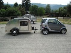 moby1 un mini camping car pour moto voitures minis et caravanes. Black Bedroom Furniture Sets. Home Design Ideas