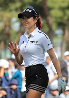 What Is the Correct Golf Swing? Golfers the world over are always in search of the perfect golf swing or the right golf swing. Girl Golf Outfit, Cute Golf Outfit, Girls Golf, Ladies Golf, Women Golf, Sexy Golf, Golf Party, Golf Tips For Beginners, Perfect Golf