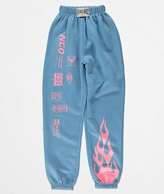 Add some heat to your comfortable style with the NEW girl ORDER Flame blue & pink jogger sweatpants. These entirely light blue pants come with an adjustable drawstring waist and elastic ankle cuffs for a fashionable silhouette and the fleece interior lini Retro Outfits, Cute Lazy Outfits, Teen Fashion Outfits, Swag Outfits, Vintage Outfits, Summer Outfits, Fashion Tips, Cute Highschool Outfits, Cute Nike Outfits