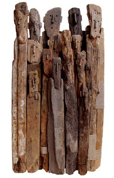 Driftwood Sculpture by Marc Bourlier Sculpture Lessons, Art Sculpture, Driftwood Sculpture, Driftwood Art, Arte Tribal, Driftwood Projects, Creation Art, Reclaimed Wood Art, Land Art