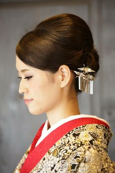 hairstyle for wedding and kimono, 着物 Ball Hairstyles, Dress Hairstyles, Bride Hairstyles, Pretty Hairstyles, Wedding Kimono, Wedding Dress, Kimono Japan, Japanese Wedding, Hair Arrange