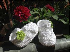 Escarpínes de bebe con correa en crochet - Instrucción zapatitos de BerlinCrochet - Parte4, Adorno