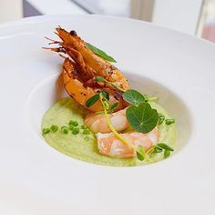 Cucumber mint creamy gazpacho with fire roasted smoke paprika shrimp. #foodstarz_official #fit #foodpic #theartofplating #foodartistry #foodie #gourmet #foodartchefs #foodporn #yummy #grateplates #delicious #food #cookniche #foodphotography #gastroart #cleaneats #eat #gourmetartistry #instagood #gastronomy #finedining #saveurmag #bonappetite #simplisticfood #discoveringchefs #foodgasm #chefsofinstagram #chefsroll #chefstalk