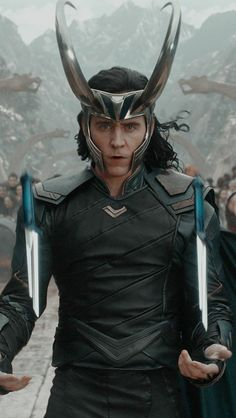 Tom hiddleston as loki in thor ragnarok wallpaper 16229 - baltana Marvel Fan, Marvel Heroes, Marvel Avengers, Loki Wallpaper, Avengers Wallpaper, Traje Loki, Asgard, Loki God Of Mischief, Man Thing Marvel
