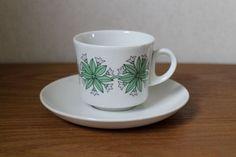 Arabia kahvikuppi ja asetti, malli BR Kitchenware, Tableware, Scandinavian Style, Finland, Cupboard, Retro Vintage, Porcelain, Pottery, Ceramics
