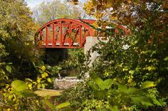 The Old Red Bridge in Minor Park is a historic landmark south of Downtown Kansas City—and one of the most romantic spots in all of KC. Bring a lock and someone special and head south to grab scenic shots of love eternal. Love Lock Bridge, Wedding Spot, Wedding Ideas, Kansas City Missouri, Us Destinations, City Photography, Covered Bridges, Parks And Recreation, Photo Location