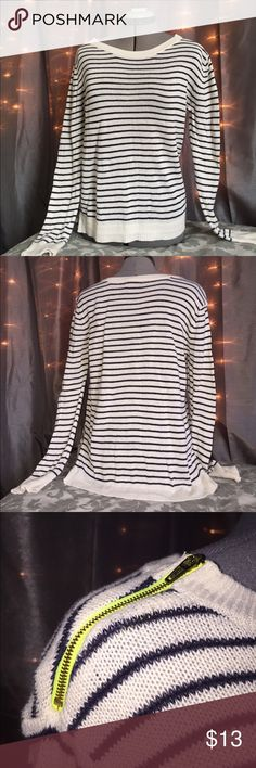 AMERICAN EAGEL BLACK AND WHITE STRIPED SWEATER SOFT AND LIGHT B&W SWEATER FROM AMERICAN EAGLE! BOTH SHOULDERS FEATURE A GOLD ZIPPER. SMALL STAIN ON RIGHT SLEEVE (PICTURE 4) American Eagle Outfitters Sweaters Crew & Scoop Necks